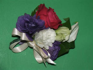 81713wedding/3corsages.jpg